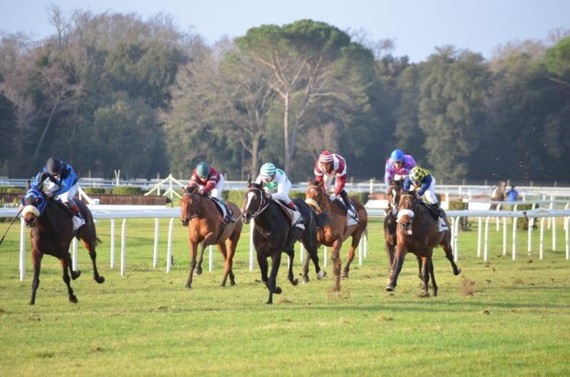 Las carreras de caballos se llevan celebrando desde la Antigua Grecia